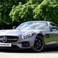 What to Look For When Buying a Sports Car?